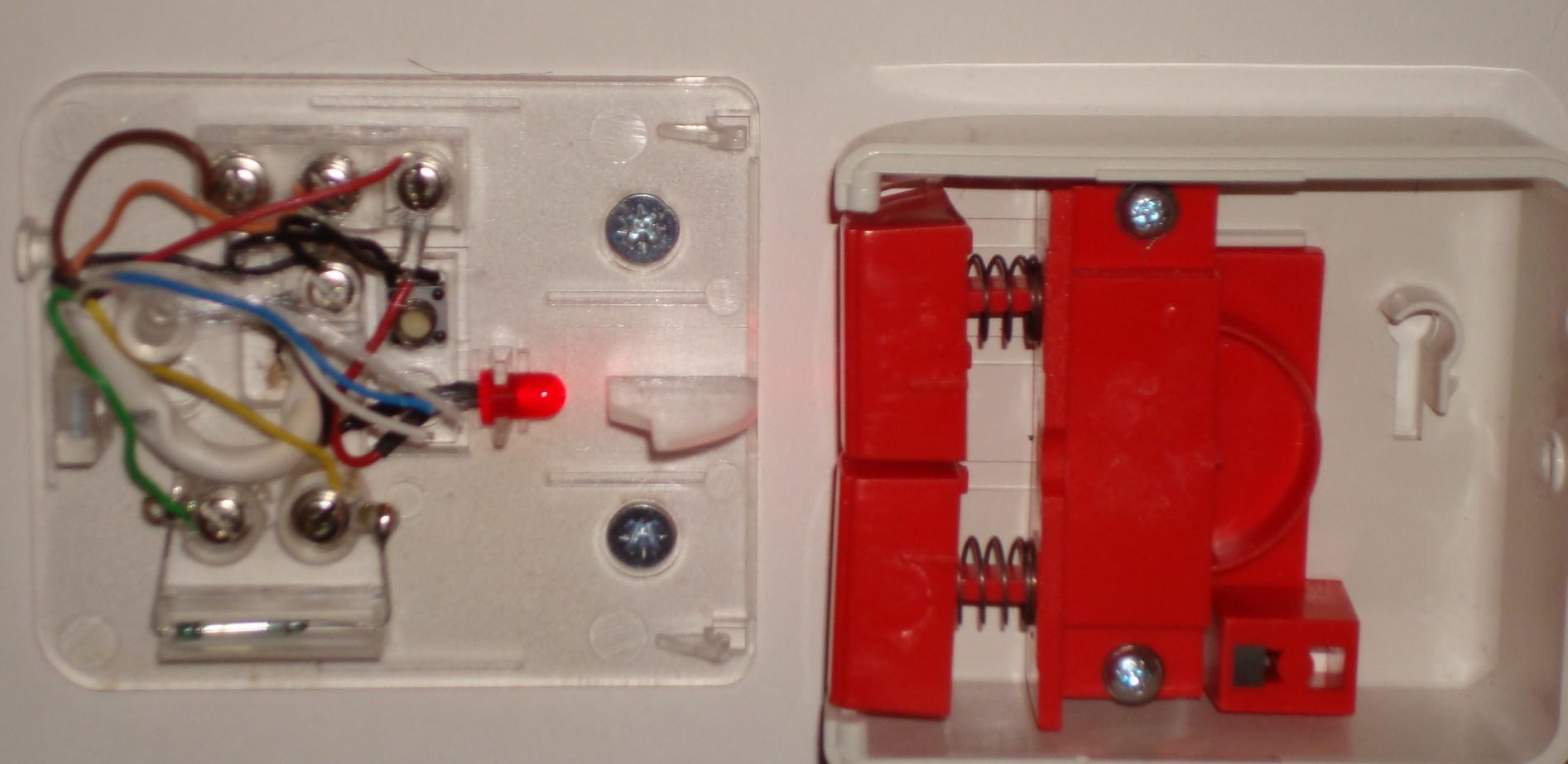 panic alarm wiring with pictures members lounge public rh thesecurityinstaller co uk  burglar alarm panic button wiring